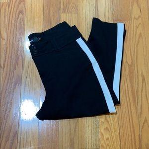 NWNT-Torrid Women's black & white trousers size 18